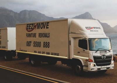 Eezi Moving